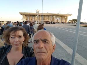 Esther bij Knesset_twitter